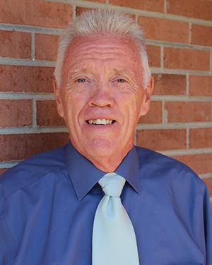 Dennis Toth